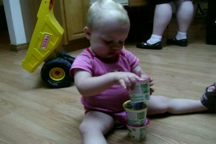 Spencer stacking Yogurt