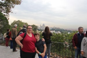 Clare and Spencer with the Palacio Real de Madrid in the background