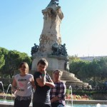 Silly Fedibbletys at a fountain in Zaragosa