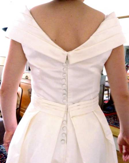 Robe de mariée sur mesure par couturière à Versailles