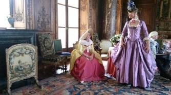 Costume baroque sur mesure par Fée au Château