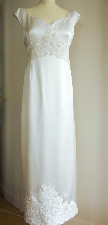 robe de mariage en crêpe et dentelle