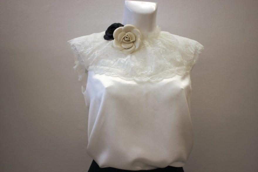 Parure florale en cuir  sur top en soie et dentelle par Fée au Château vos créations couture à Versailles