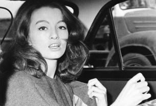 Christine Keeler, Call Girl, Sex Scandal, cabaret dancer, cabinet minister, John Profumo, Harold Macmillan, Prime Minister, Christine Keeler Died, lung disease