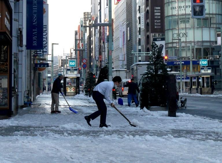 tokyo weather,Japan,Heavy snowfall,180 injured