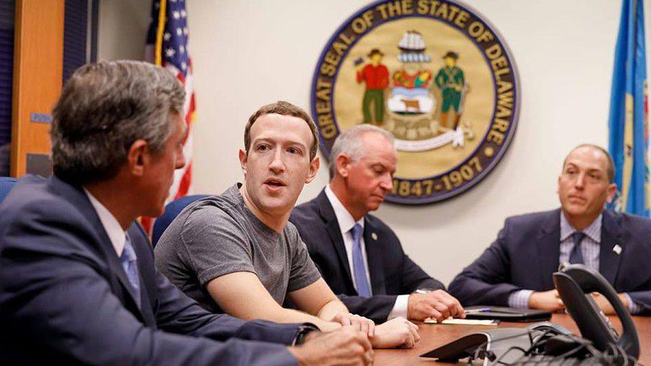 Twitter,mark zuckerberg,facebook,cambridge analytica