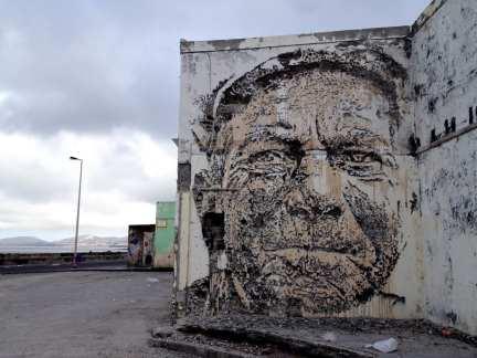 Vhils street artist