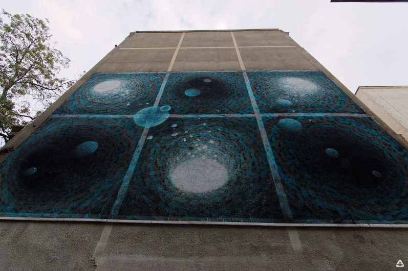 Un-hidden Bucharest street art intervention iZZY iZVNE 3