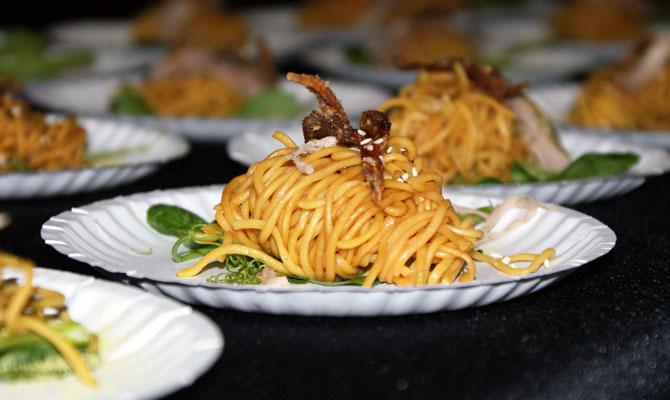 Asian Green Tea Duck Noodles