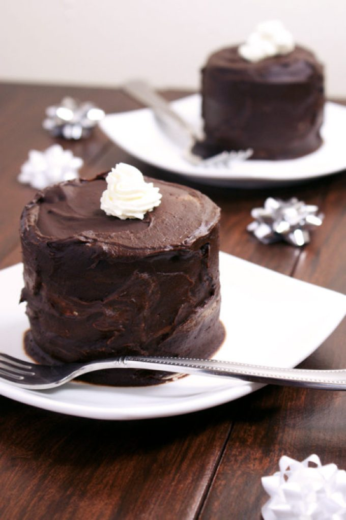 Mini Tuxedo Cakes