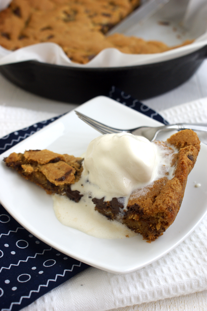 deep dish chocolate chip cookie