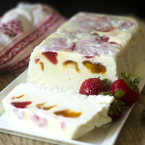 Apricot and Strawberry Semifreddo #dessert #fruit #icecream | feedyoursoul2.com