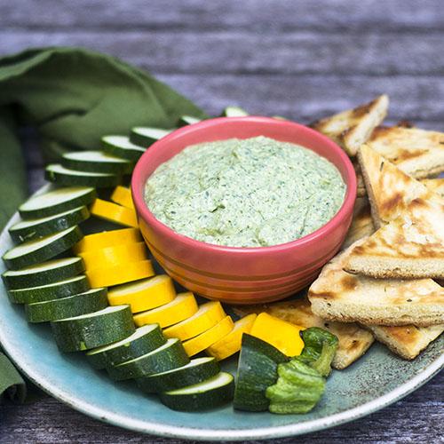 Green Goddess Dip #appetizer #herbs #5minutemeal | feedyoursoul2.com