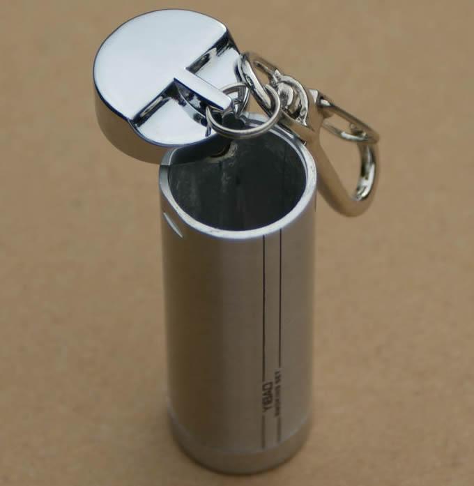 Cylinder Portable Pocket Ashtray with Keychain  FeelGift