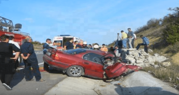 Four guys die in a car accident