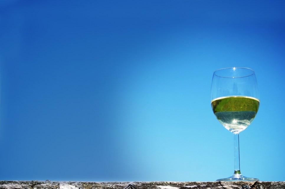 Vinho verde combina com o verão!