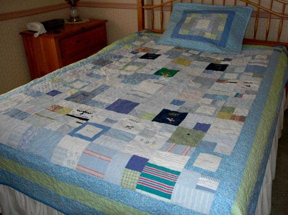Baby Clothes Quilt gt?resize=375%2C280 keepsake quilting make a quilt from baby clothes,Childrens Clothing Quilt