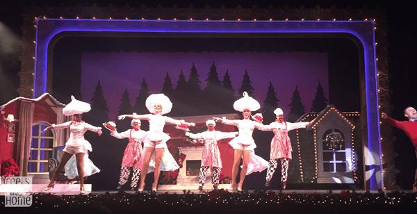 hersheypark-christmas-candylane-music-box-christmas
