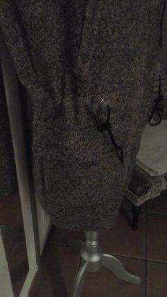 Côté de veste à capuche en drap de laine