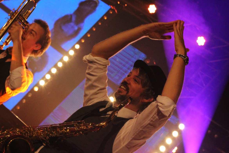 Huwelijk Fransjan en Elly De Mortel Noord-Brabant feestband.com