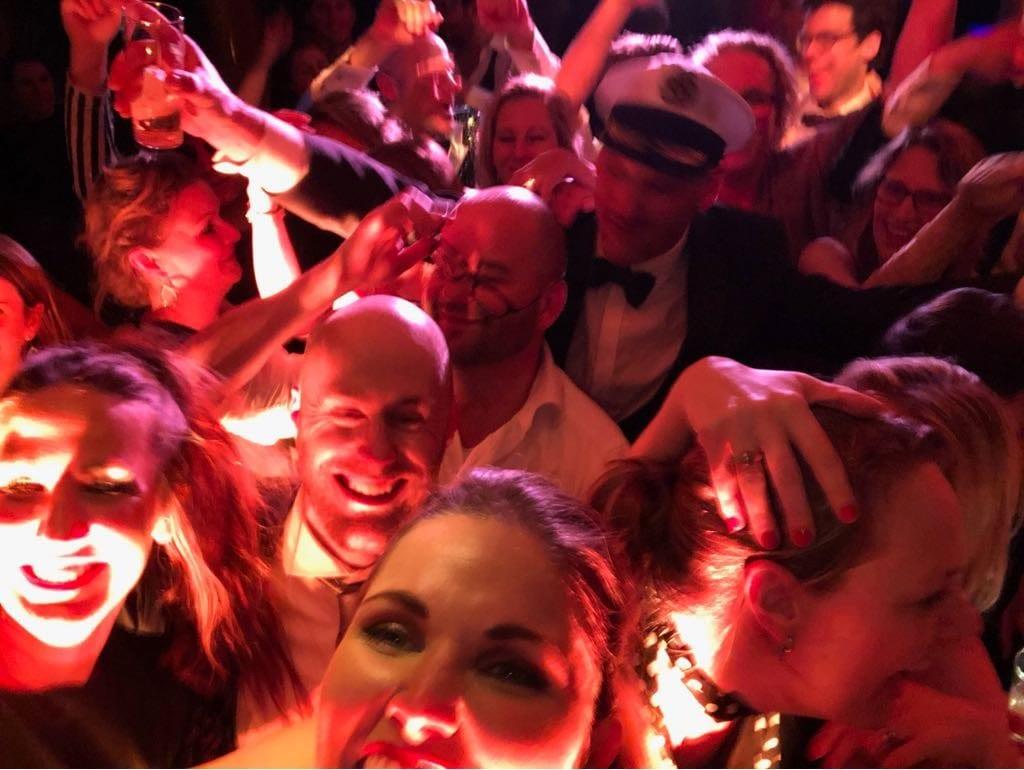 Partyschip Grace Kelly muzikale hotspot Johnson en Johnson Wageningen Got The VIBE feestband.com