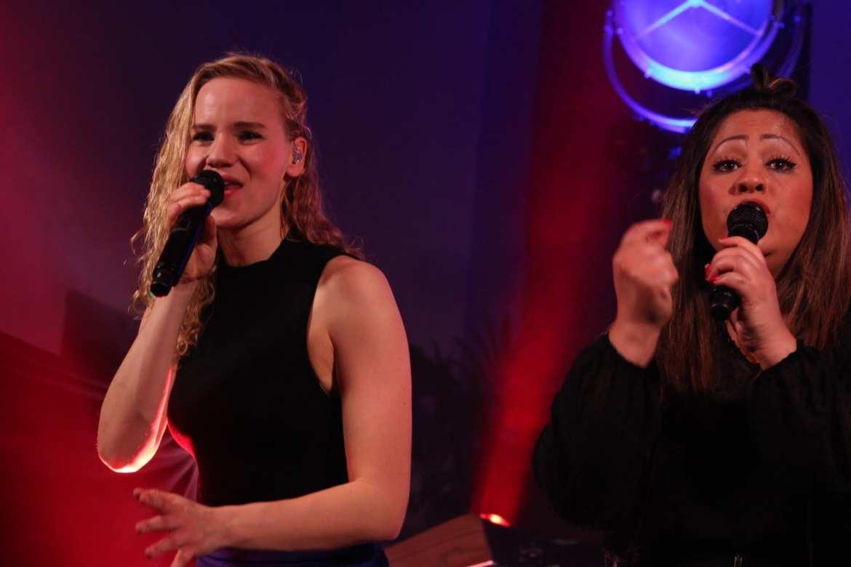 Stadskasteel Oudaens showt vernieuwing in Utrecht met Got The VIBE! feestband.com