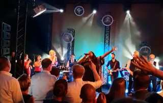 Boskalis meets Shirma Rouse en Boston Tea Party in Antwerpen | feestband.com