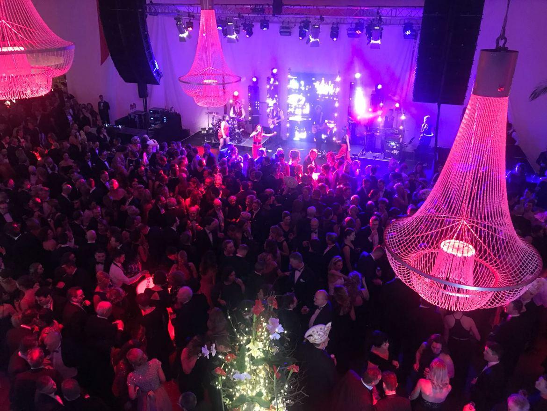 Party! Boek feestband Boston Tea Party voor een geslaagd feest | feestband.com