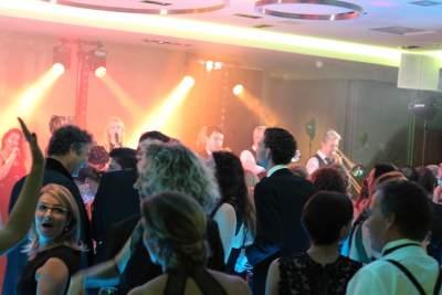 Uitreiking Parkstad Awards met soul zangeres Ruth Jacott en DeBand.NL   feestband.com