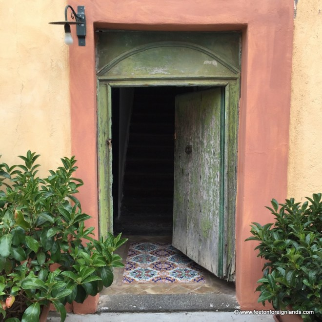 Doorways of Salina in the Aeolian Islands (6)