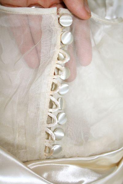 Fehr Trade: Vintage wedding gown detail photos