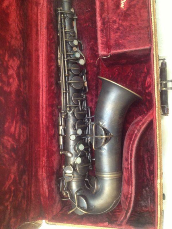saxofone-alto-mi-bemol-pan-american-1914_MLB-F-4323362613_052013