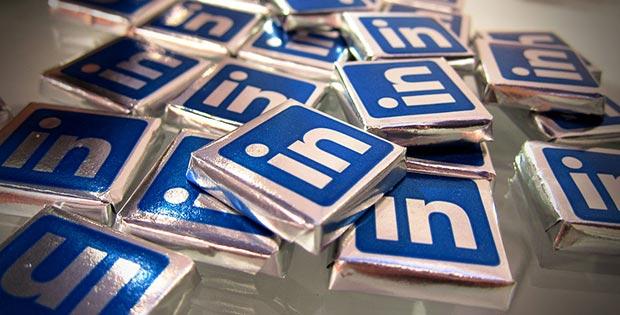 Felipe Garcia Rey Linkedin 01 Seguro que no lo harías en una visita comercial ante un cliente: pues tampoco lo hagas en Linkedin