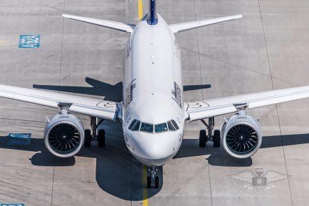 Lufthansa Airbus A320neo D-AINB