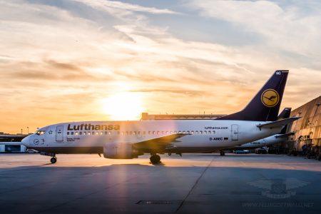 Lufthansa Boeing 737-300 D-ABEC in Frankfurt 04