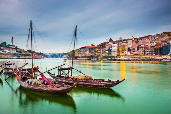 Lisboa - Portugal – Turismo na terceira idade