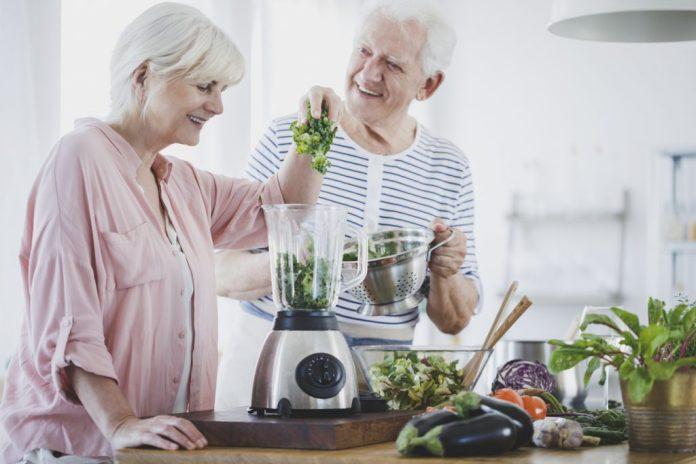 Benefícios da alimentação vegetariana na terceira idade