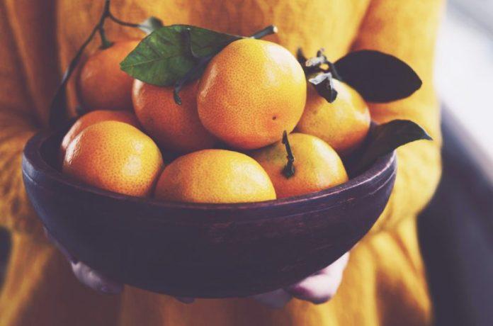 5 frutas para consumir no inverno