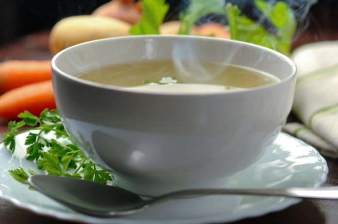 3 sopas Detox poderosas para o inverno