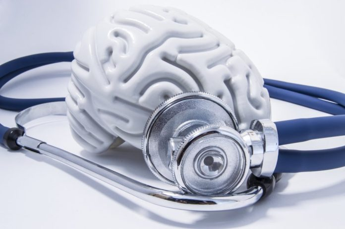 5 sinais de que se pode estar tendo um Derrame Cerebral