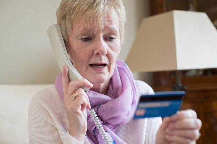Novo golpe em aposentados é feito por telefone