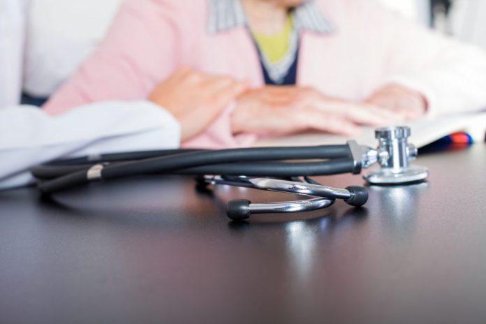 Reajuste do plano de saúde e os aumentos abusivos na terceira idade