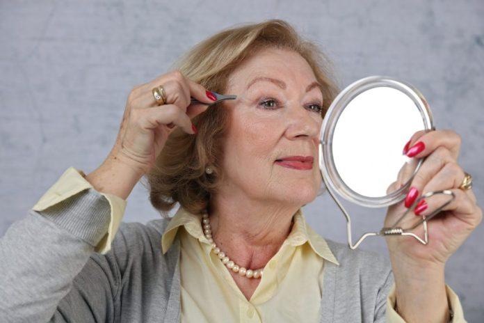 Implante de Sobrancelhas – Entenda como é