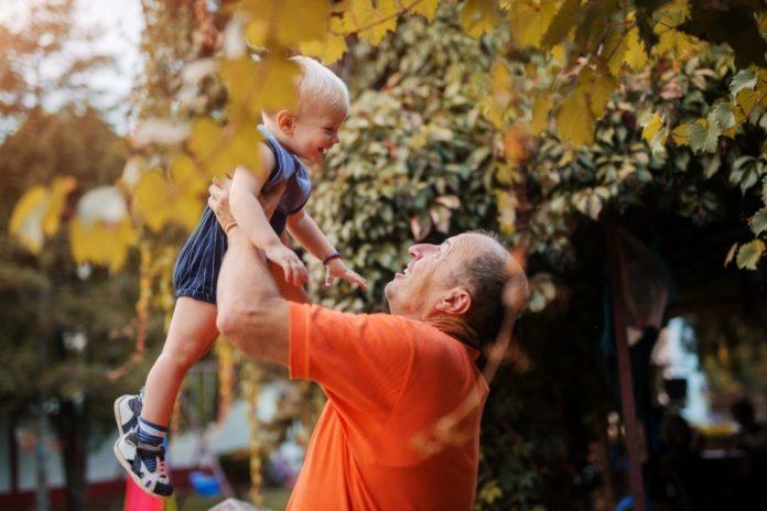 Dia dos Avós – Benefícios desta convivência - Para avós e netos