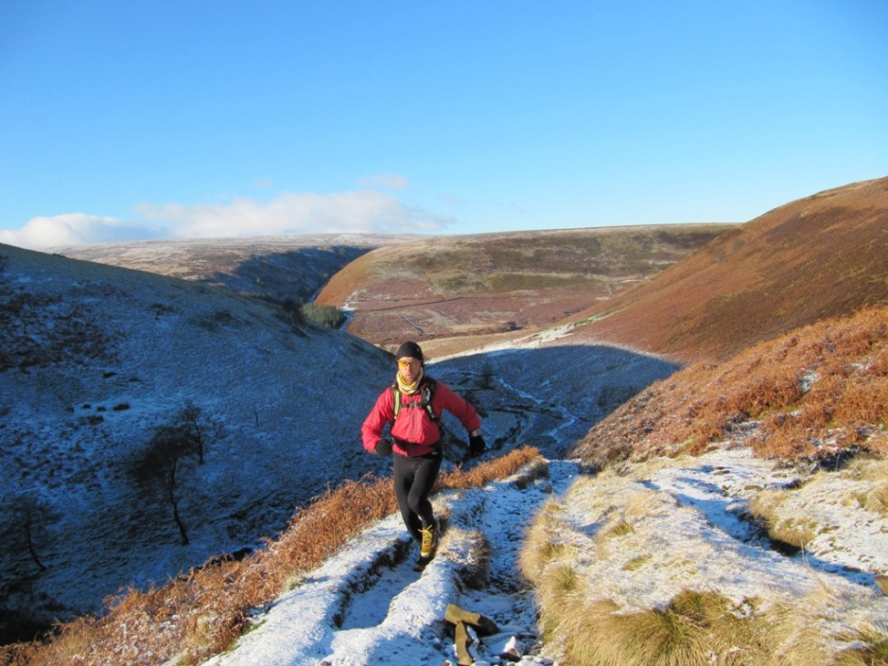 winter running in the Peak District