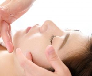 美人ぬか 純米角質柔軟水は潤い重視でコスパ最強の拭き取り化粧水!
