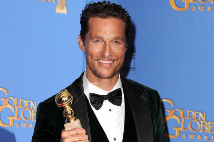 https://i0.wp.com/www.femalefirst.co.uk/image-library/land/440/m/matthew-mcconaughey-golden-globes---wi01-14.jpg