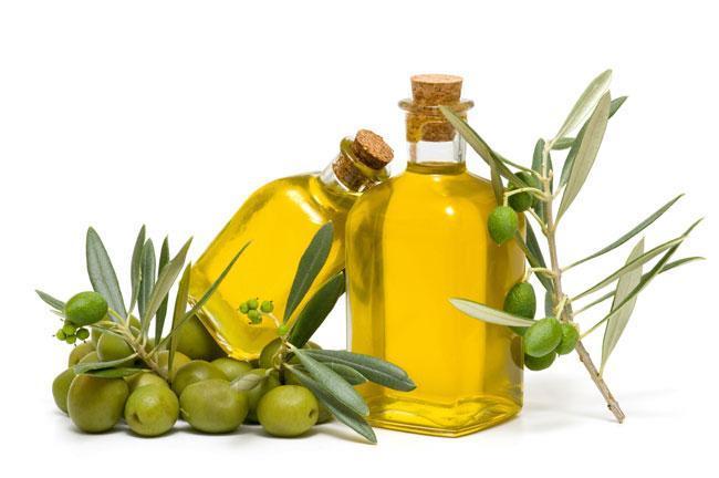 L'olio d'oliva favorisce il senso di sazietà. Meno fame, più benefici