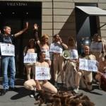 Settimana della moda Milano 2013, blitz animalista anti-pellicce a Via Montenapoleone