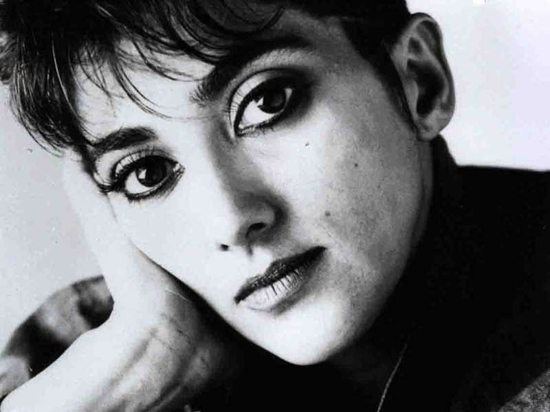 Mia Martini Mario Luzzato Fegiz esclude il suicidio aveva un fibroma  Female World  Il blog